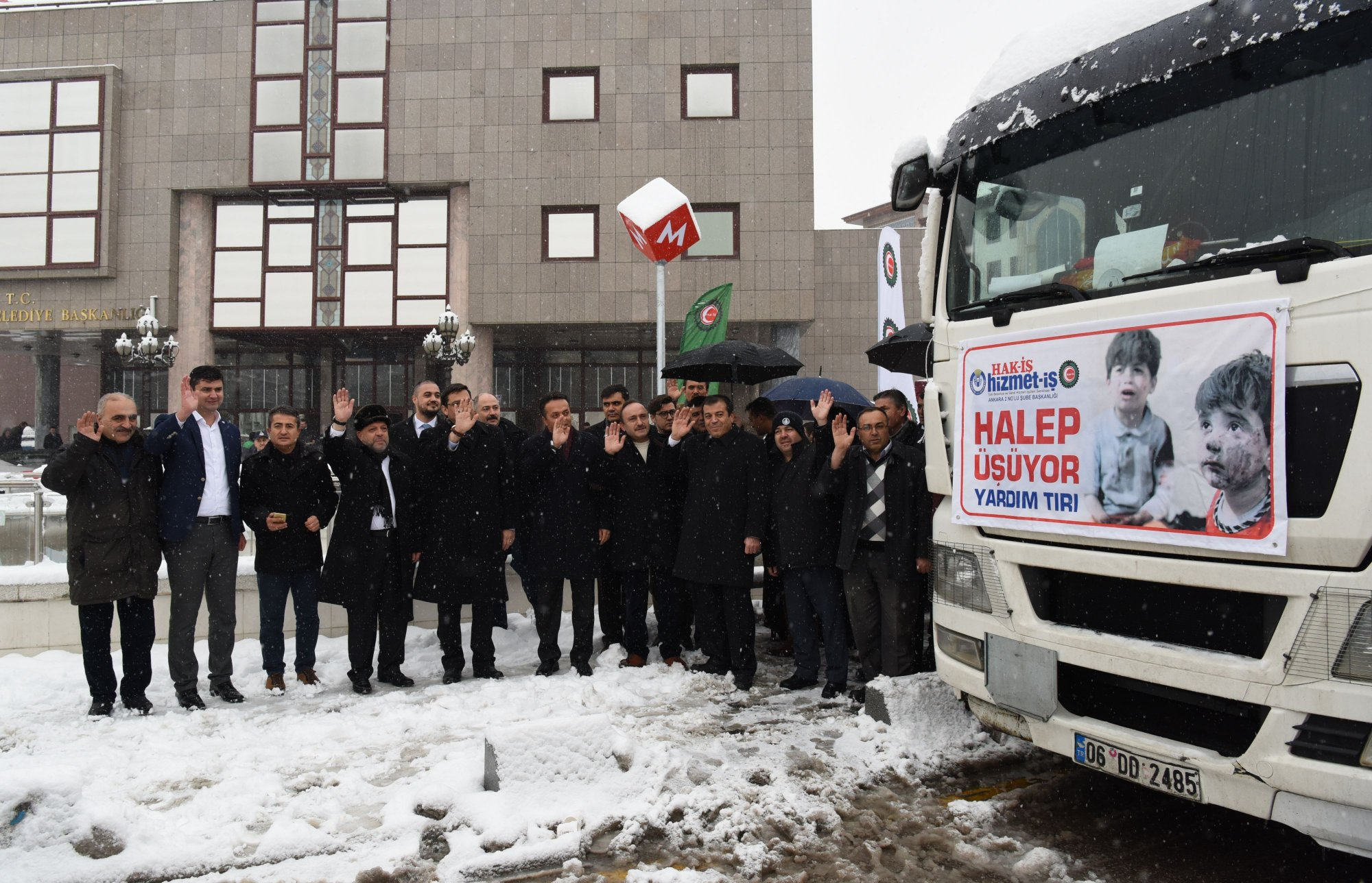 HAK-İŞ'TEN HALEP'E YARDIM TIRI