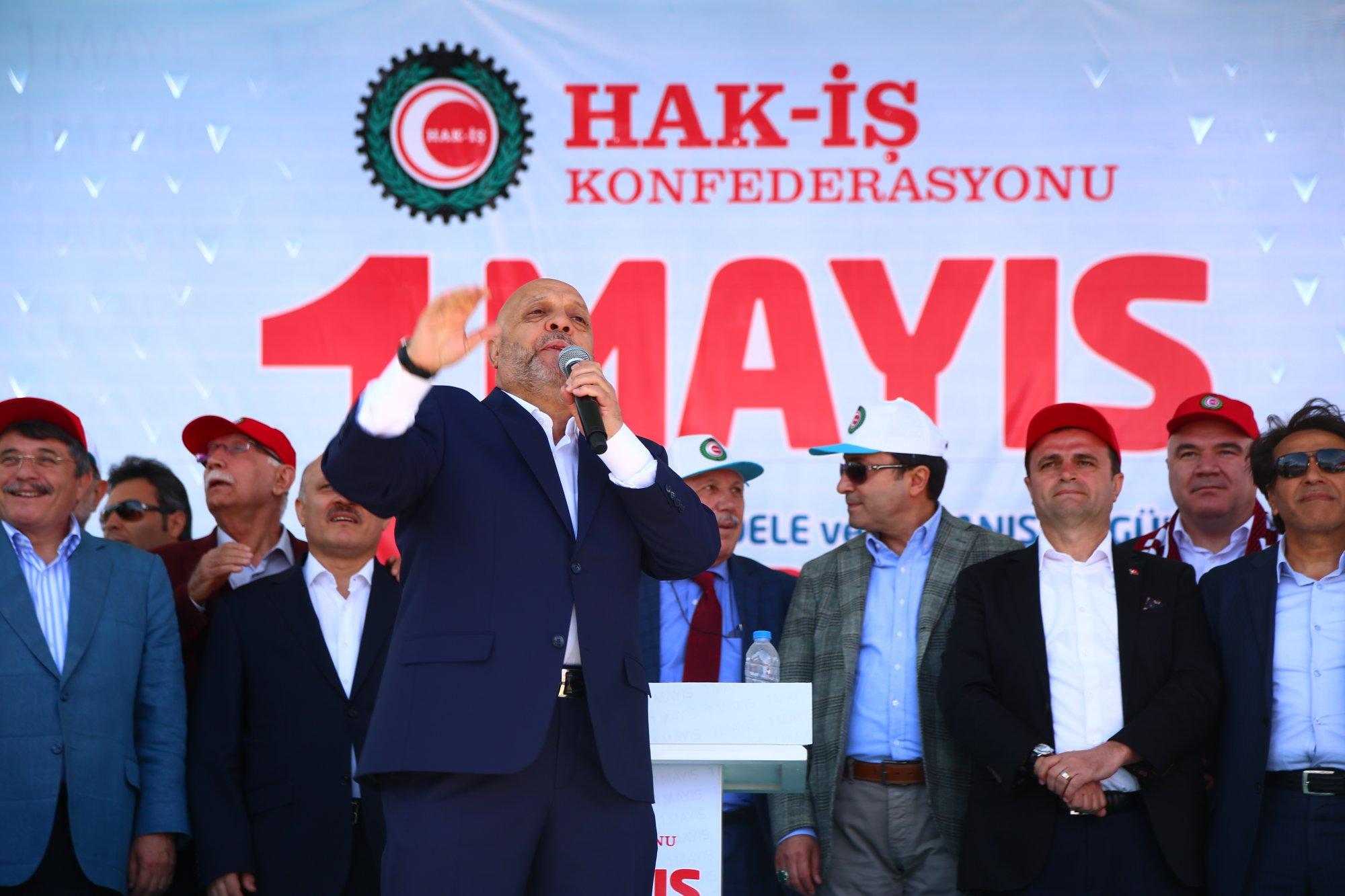 HAK-İŞ'TEN DADAŞLAR DİYARI ERZURUM'DA GÖRKEMLİ 1 MAYIS