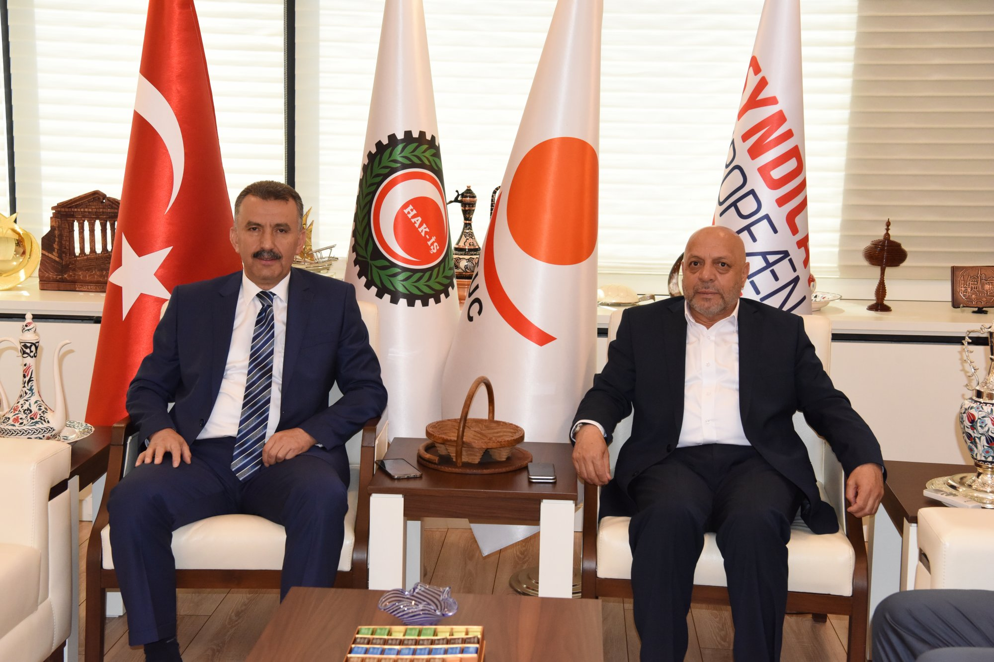 ARSLAN, MYK BAŞKANI CEYLAN'I KABUL ETTİ