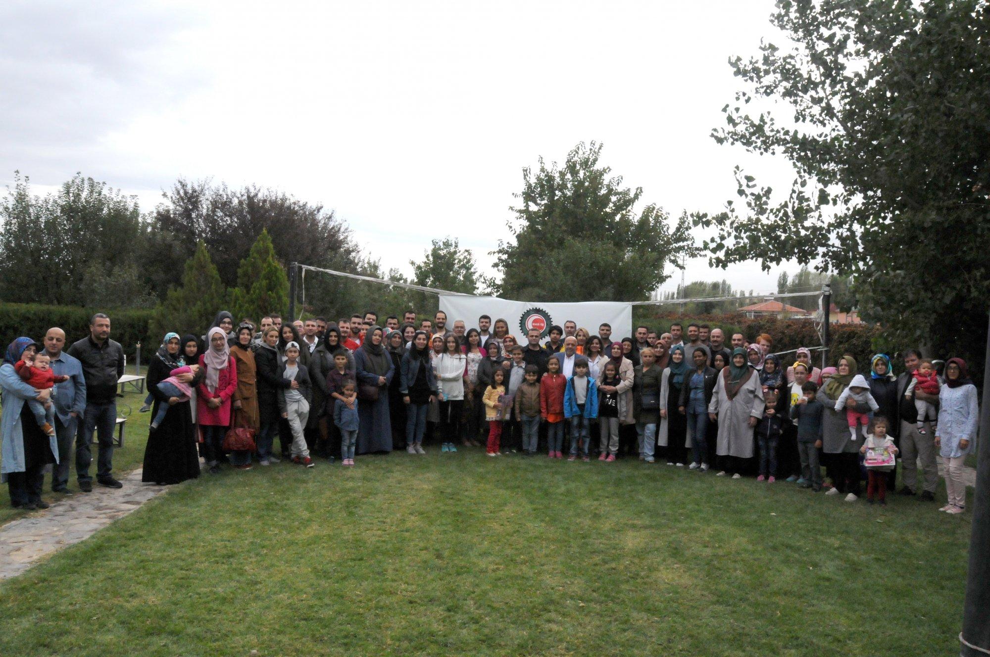 ARSLAN, HAK-İŞ AİLE PİKNİĞİNE KATILDI