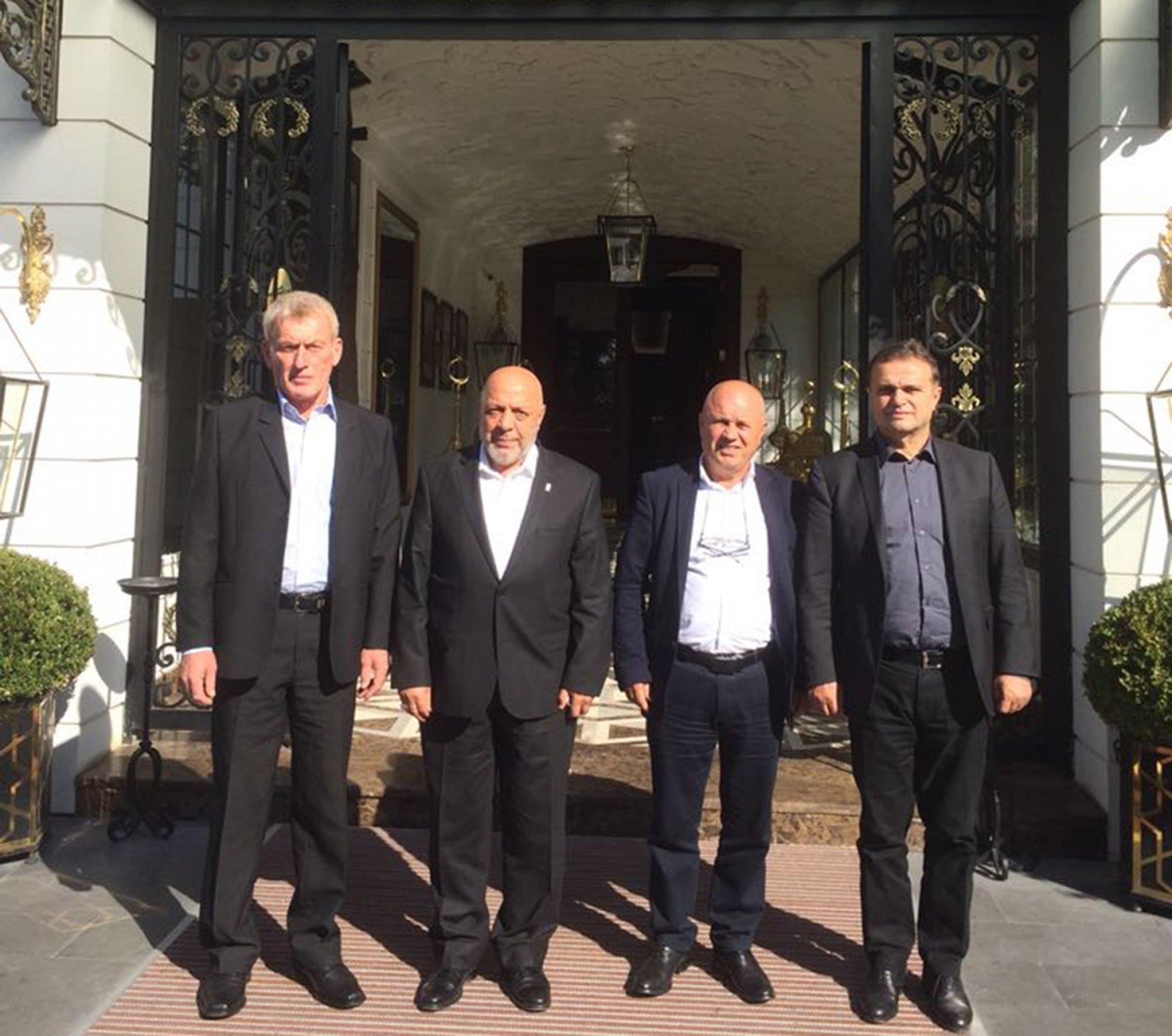 BULGARİSTAN'LI SENDİKACILARDAN ARSLAN'A NEZAKET ZİYARETİ
