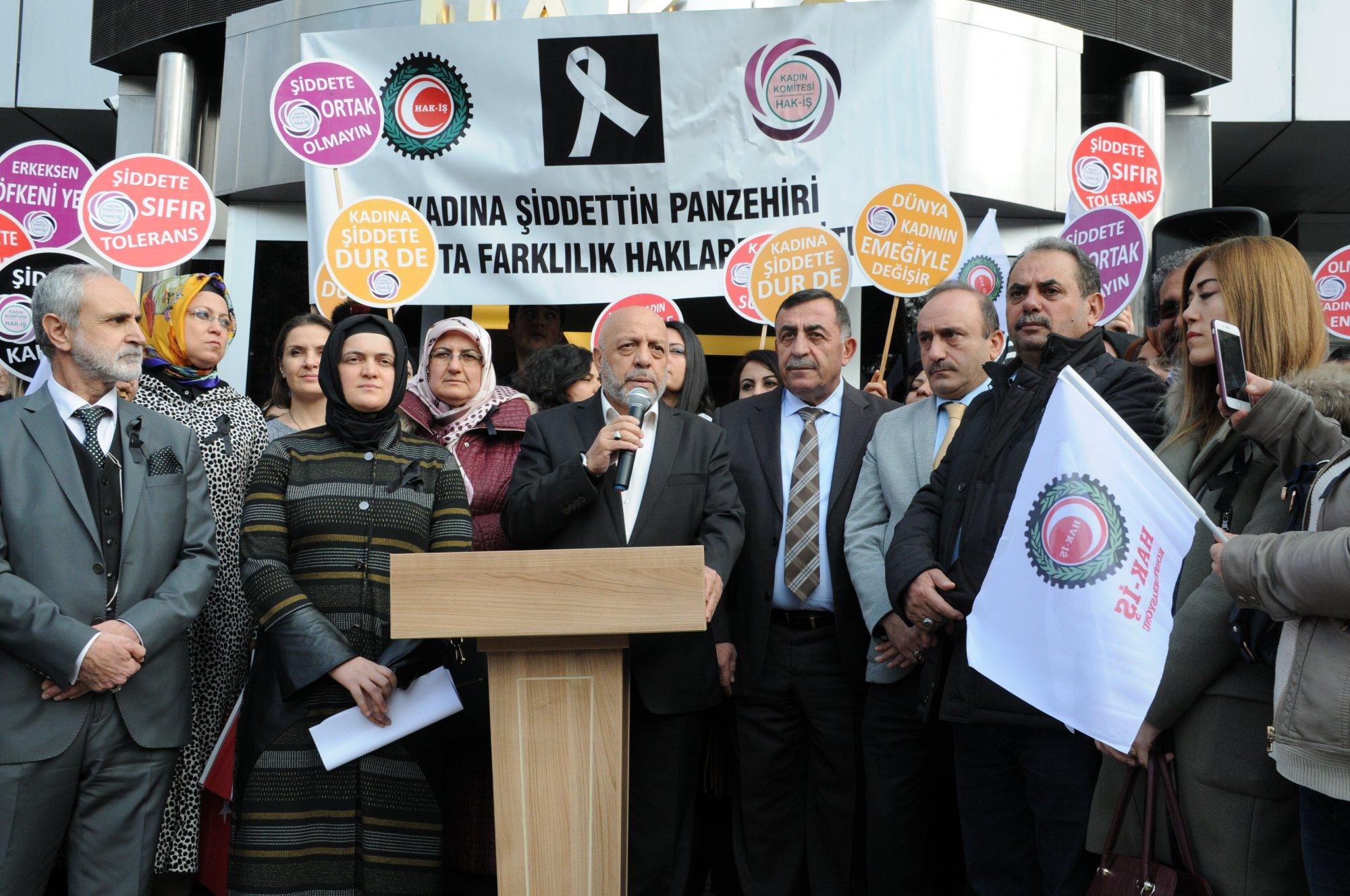 HAK-İŞ ÜYELERİ KADINA ŞİDDETE 'HAYIR' DEDİ
