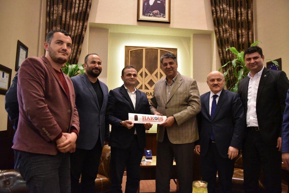 YILDIZ, KARABÜK ÜNİVERSİTESİ REKTÖRÜ POLAT'I ZİYARET ETTİ