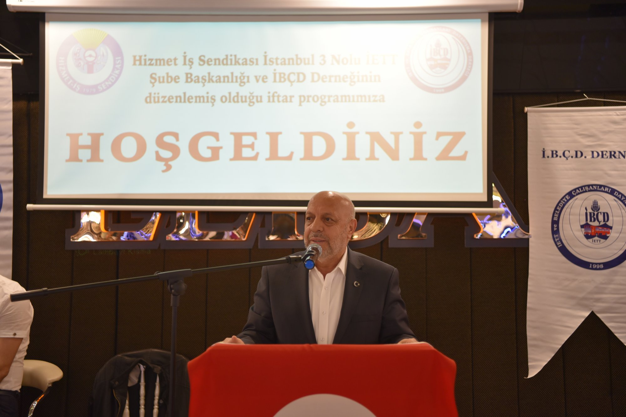 ARSLAN, İSTANBUL'DA İFTAR PROGRAMINDA İŞÇİLERLE BULUŞTU