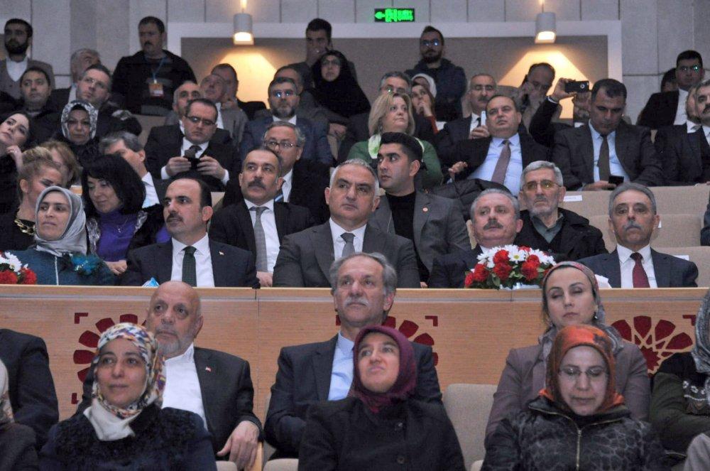 ARSLAN, 746'NCI ŞEB-İ ARUS TÖRENİNE KATILDI