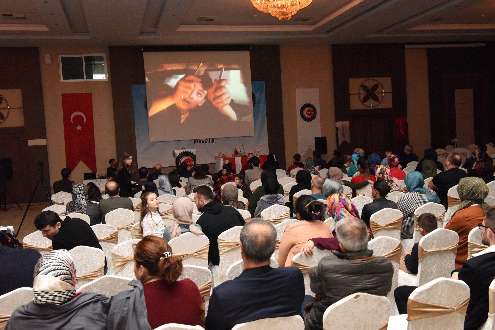 HAK-İŞ AİLE BULUŞMASI'NDA KISA FİLM ETKİNLİĞİ