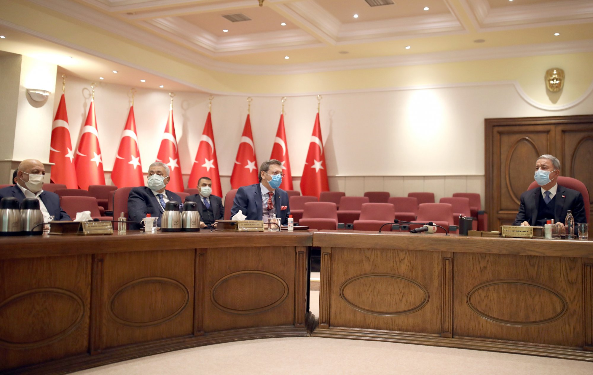 ARSLAN'DAN BAKAN AKAR'A DESTEK ZİYARETİ