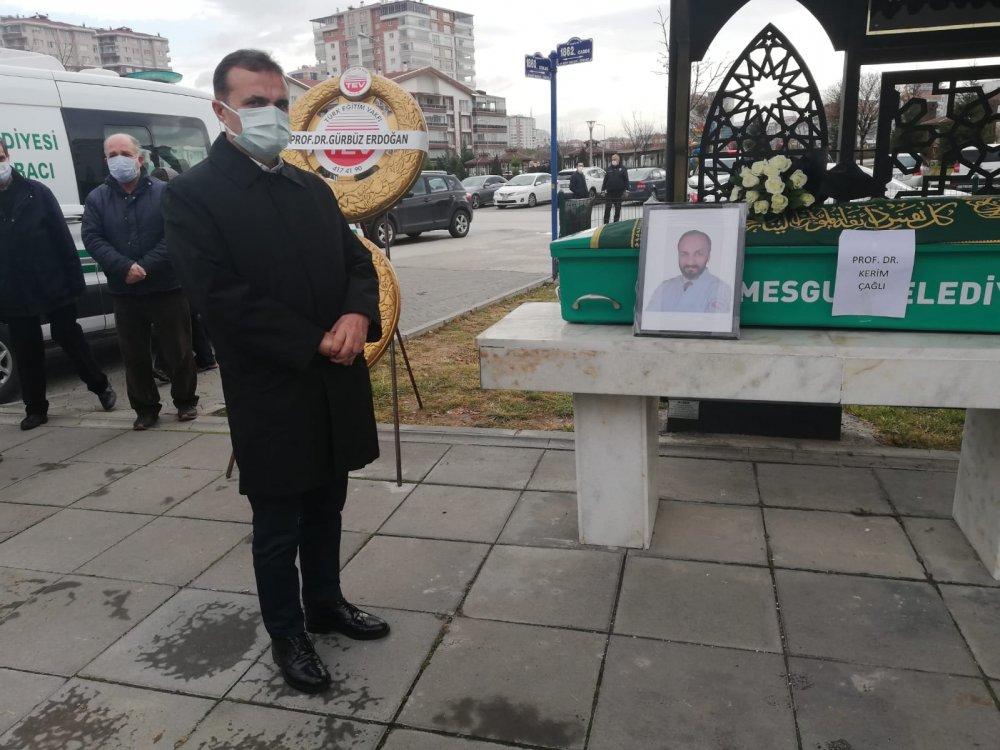 YILDIZ, PROF.DR.KERİM ÇAĞLI'NIN CENAZE TÖRENİNE KATILDI