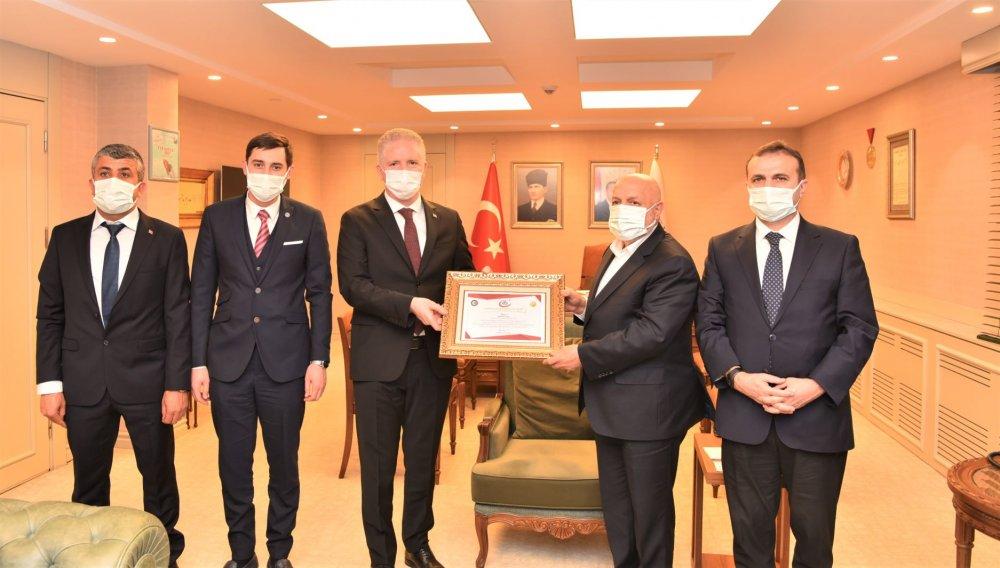 ARSLAN, GAZİANTEP VALİSİ GÜL'Ü ZİYARET ETTİ