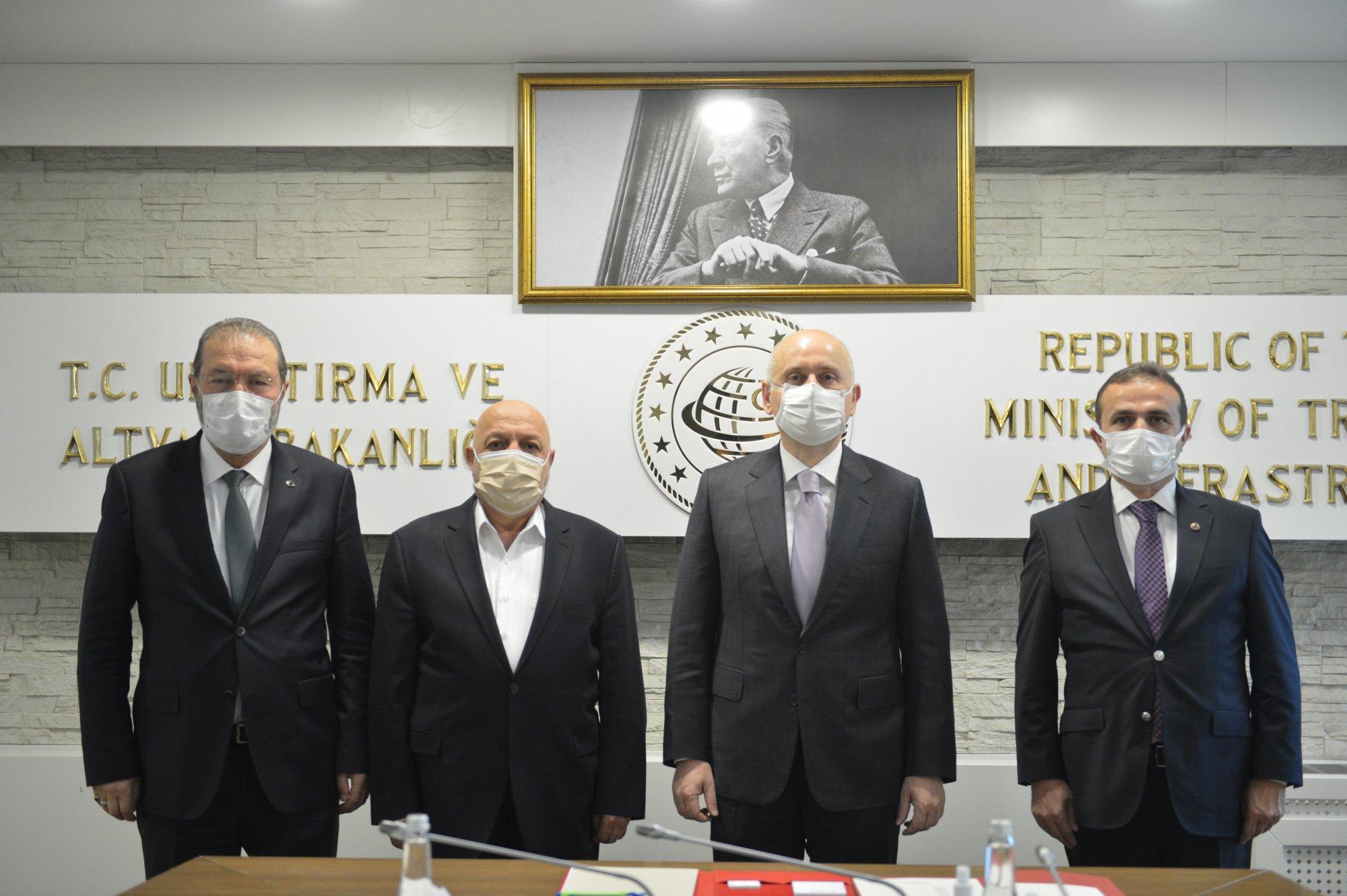 ARSLAN'DAN ULAŞTIRMA BAKANI KARAİSMAİLOĞLU'NA ZİYARET